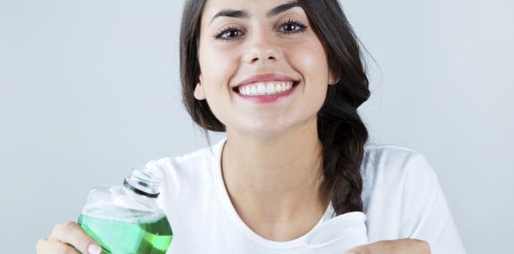 Oral care: mouthwash and natural mouthwash